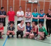 Hechtbagger und Asse – die neue Volleyball AG am CopGym