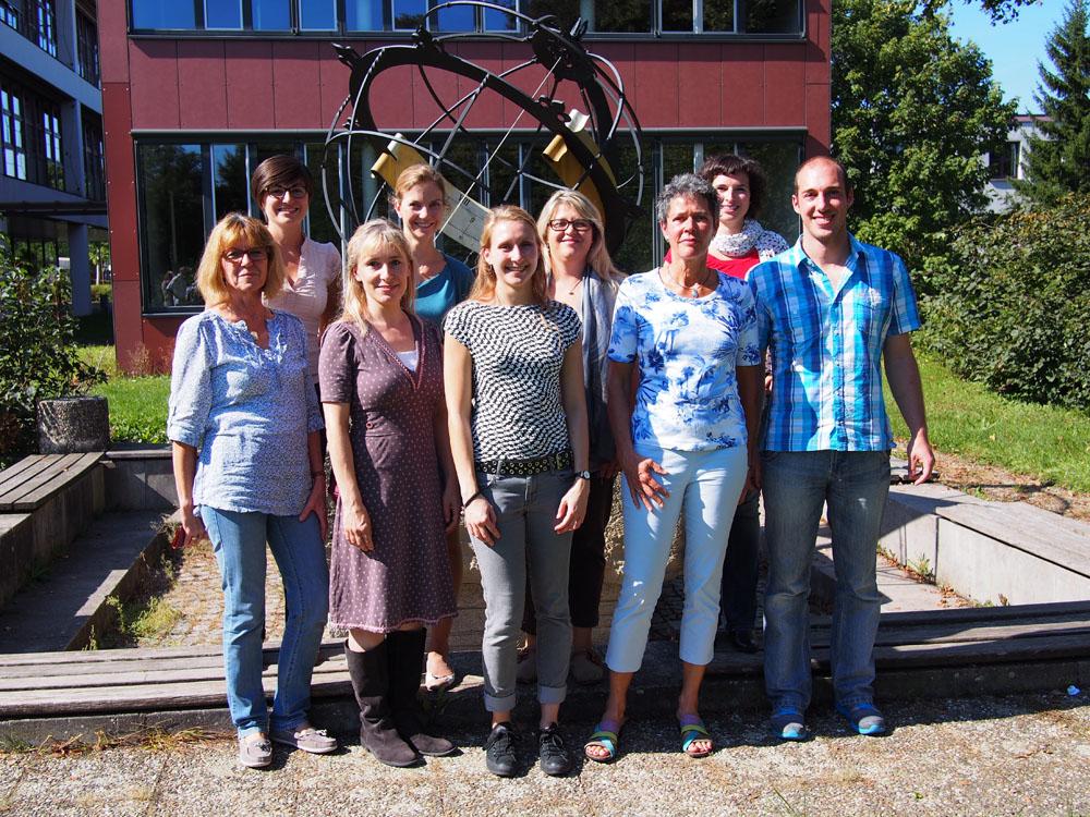 Frau Kresser, Frau Fuchs, Frau Jo-Eich, Frau Friesen, Frau Filips, Frau Büchner, Frau Goldschmidt, Frau Manaia, Herr Stirnat