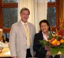 Frau Aldiba Schmidt nach über zehnjähriger Tätigkeit am Copernicus-Gymnasium verabschiedet