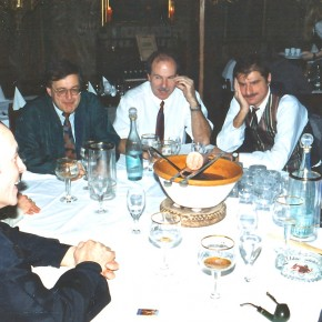23 Jahre nach dem Titel: Feuerzangenbowle, 1998 (Dr. Hartmut Link)