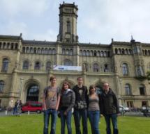 Alpha-Spatzen erforschen Wetter und Hannover