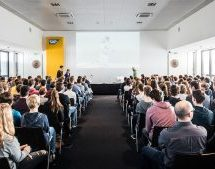 Schülerin des Copernicus-Gymnasiums von SAP geehrt