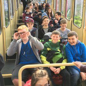 Rasante Abfahrt in Deutschlands ältester Standseilbahn