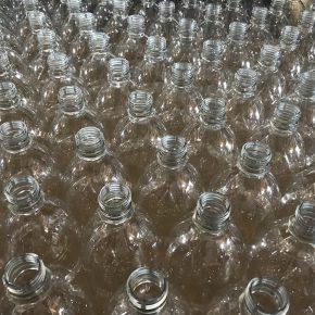 So viele Flaschen