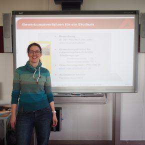 Vortrag durch Frau Hetznecker