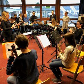 "Das neue Angebot ""Musik aktiv"""