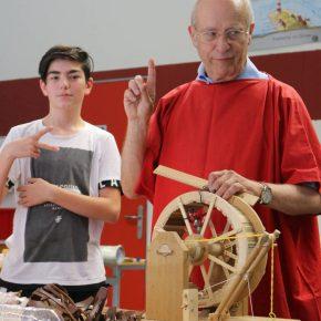 02 Der Meister und sein (vorwitziger) Sc hueler