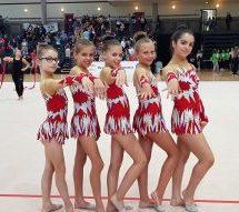 Unsere Gymnasiastin unter vielen Gymnastinnen