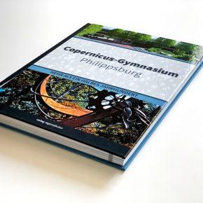 Dafür haben wir den Speicherplatz auf 208 Seiten erhöht. So viel Copernicus gab es noch nie. Wir nennen es: Buch.