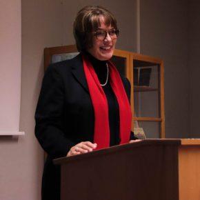 Frau von Renteln während ihrer Rede