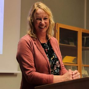 Frau Andrea Sitzler vom Verlag Regionalkultur