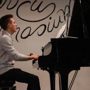 Dominik (KS1)... Gershwin und Debussy