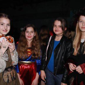 Superheldinnen, Hogwarts und eigene Ideen
