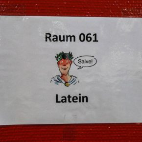 Raum 061 - Salve! - Latein