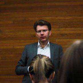 Daniel Caspary in der Fragerunde