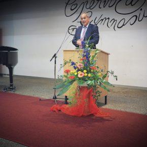 Bürgermeister Thomas Deuschle ermunterte zu Freiheit und Verantwortung