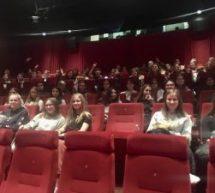 """Spanisch-Klassen der Oberstufe besuchen """"el cine español"""""""