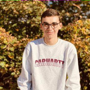 Jakob ist stellvertretendes Mitglied der Schulkonferenz und stellvertretender Kassenwart