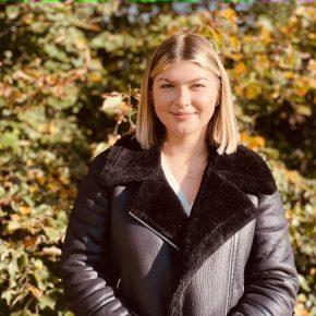 Joana ist stellvertretendes Mitglied der Schulkonferenz