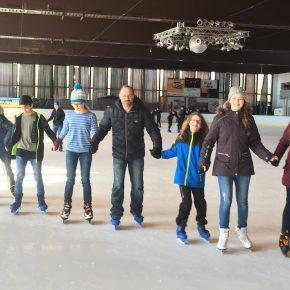 2018 03 Schlittschuhlaufen Klassen 6 13